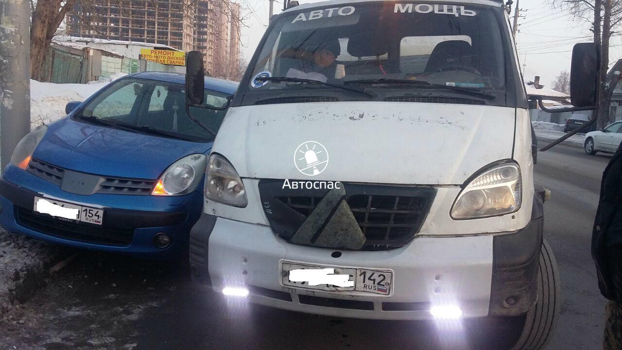 В Новосибирске произошло ДТП «ГАЗели» и иномарки