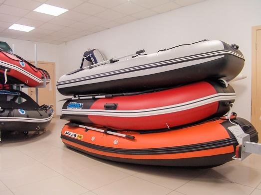 Где купить лодки ПВХ и лодочные моторы в Новосибирске