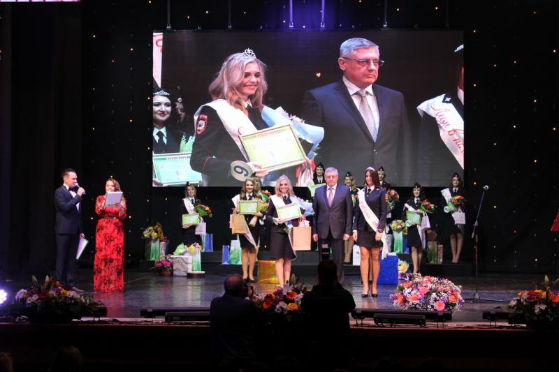 """Стала известна победительница конкурса """"Леди в погонах-2018"""""""