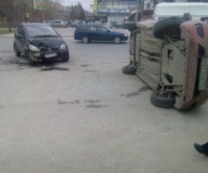 ДТП в Новосибирске: Datsun перевернулся на бок