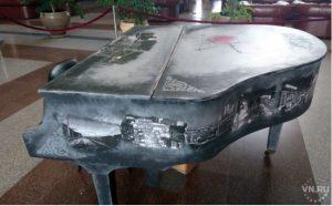 На вокзале Новосибирск-Главный появился уникальный рояль