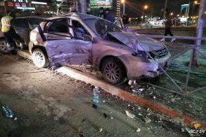 """""""Пьяное"""" ночное ДТП в центре Новосибирска, пострадали трое"""