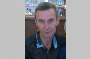 В Новосибирске ищут мужчину в шапке с ромбами