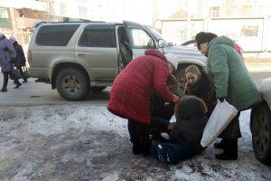 Аволеди на Toyota на зебре в Новосибирске сбила ребенка