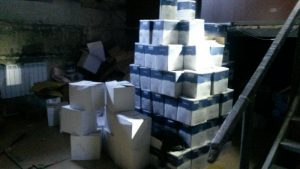 Новосибирские полицейские изъяли три тысячи литров поддельной водки