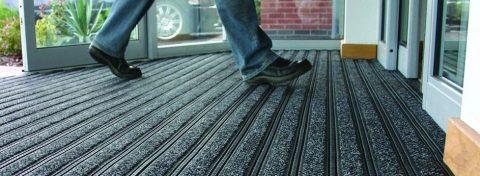 Грязезашитные ковры и защита помещения от грязи