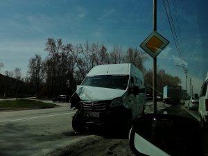 В Бердске в ДТП двух маршруток пострадали водитель и пассажир