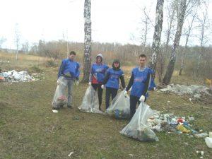 Дачники устроили субботник в лесу в Ленинском районе