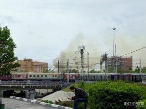 Над Новосибирском поднялись клубы чёрного дыма