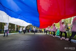 В День защиты детей в Новосибирске открылась детская железная дорога