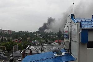Сразу 3 автобуса загорелись в Новосибирске во время грозы