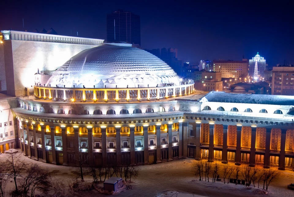Новосибирский оперный театр фото
