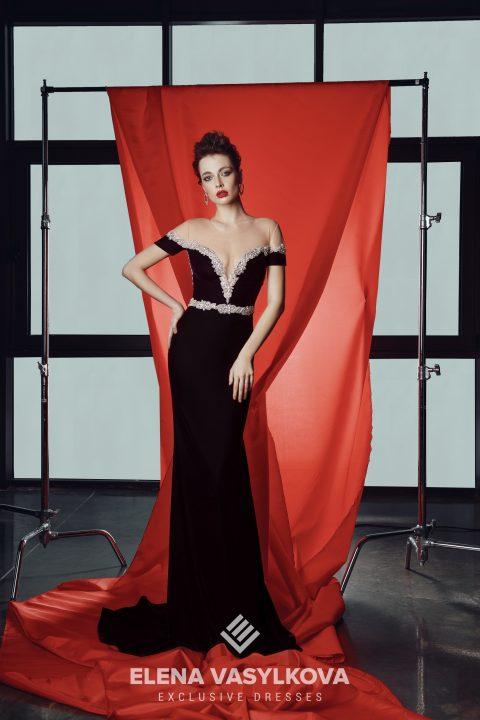 d82f10602848115 ... Vasylkova предлагает своим клиентам коллекции эксклюзивных брендовых  вещей по доступным ценам. Он поставляет яркие, необыкновенные и изысканные  платья в ...