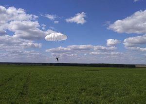 Десант под Новосибирском: на полигоне высадились 100 молодых спецназовцев