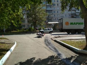 Два жестких ДТП на Кропоткина: мотоциклисты в больнице