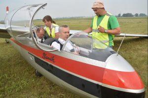Пилота планера вызвали в прокуратуру после полёта с Травниковым