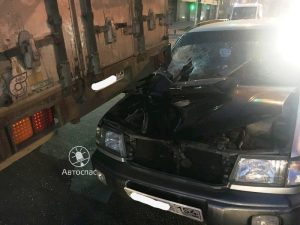 Два грузовика протаранили иномарки в Новосибирске