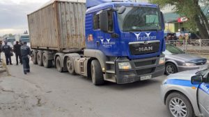 Фура MAN насмерть сбила женщину на переходе в Новосибирске