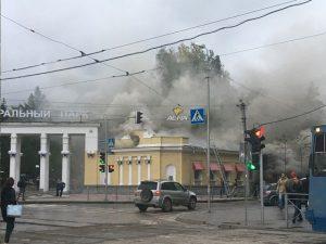 Кафе «Штолле» сгорело в Центральном парке Новосибирска