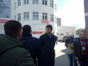 В Новосибирске продолжают снос кинотеатра «Металлист»