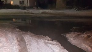 В Бердске фекалии затопили улицу Рогачева