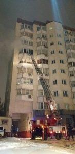 Пожар в Новосибирске: 50 человек спасли из горящего дома