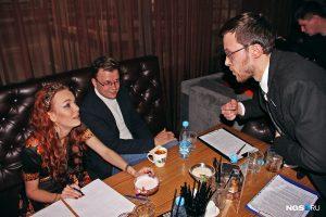 Новосибирский бармен придумал коктейль в тележке и консервной банке