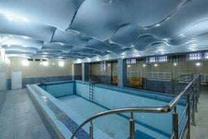 В Новосибирске ищут арендаторов в бизнес-центр с бассейном