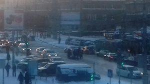 ДТП в Новосибирске: таксист сбил пешехода на переходе у НГТУ