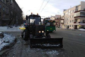 ДТП в Новосибирске: трактор протаранил троллейбус