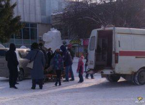 Новосибирск: в соцсетях обсуждают ДТП около ТЦ Академгородка