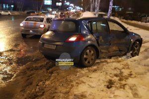 Новосибирск: беременная девушка на иномарке попала в ДТП