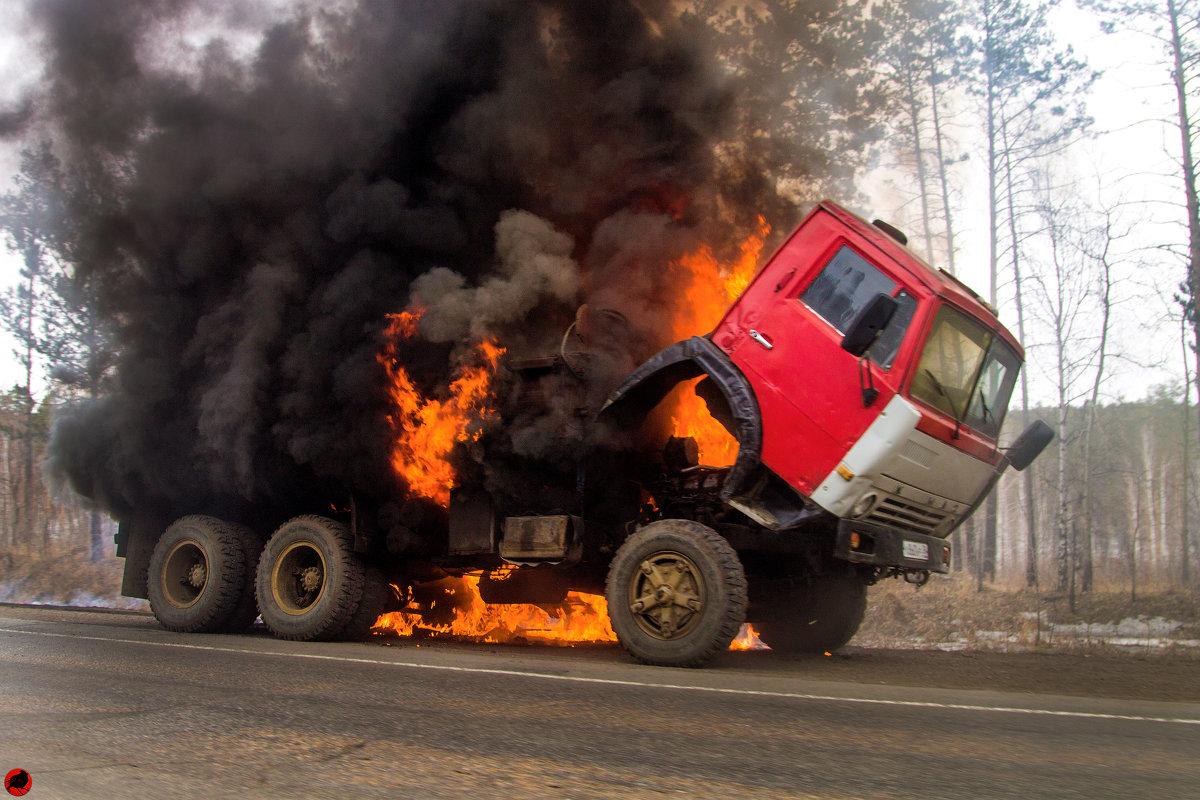фото грузового автомобиля из ада женский