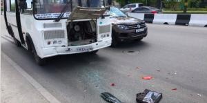 ДТП в Заельцовском районе: водитель ПАЗа врезался в иномарку