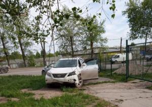 ДТП на Троллейной - три машины вылетели на тротуар