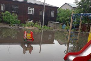 Сильный ливень с градом обрушились на Новосибирск