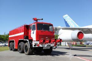 В Толмачево появилась раритетная пожарная машина
