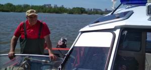 Пожилой рыбак едва не погиб на Оби - его спасли полицейские