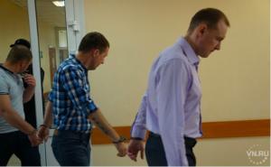 Суд отправил бердских полицейских в тюрьму за мошенничество