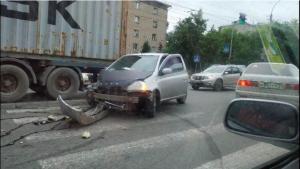 ДТП в Заельцовском районе - столкнулись Яндекс-такси и иномарка