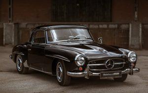 Житель Новосибирска продает раритетный Mercedes за 20 млн. рублей