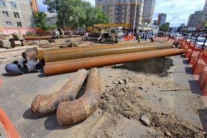 Энергетики и дорожники вместе ремонтируют улицу Фрунзе в Новосибирске