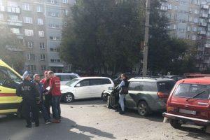 ДТП в Кировском районе Новосибирска: есть пострадавшие