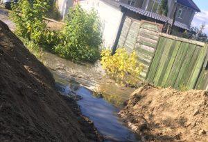 В Бердске снова прорвало канализацию - город затопило фекалиями