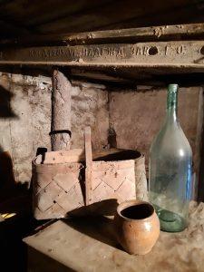 114-летний железный рельс нашли в подвале частного дома в Новосибирске