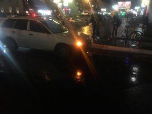 ДТП в Новосибирске: Nissan сбил девочку-подростка