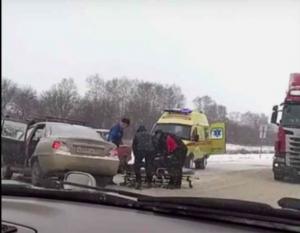 Тройное ДТП на трассе под Новосибирском - пострадали двое