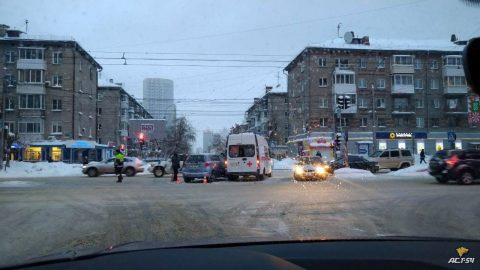 В аварии пострадали врачи скорой помощи