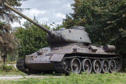 Легендарный символ победы – Танк Т-34 – восстановлен в Новосибирске