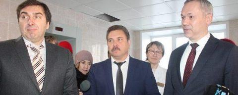 Андрей Травников проверил качество ремонта в больнице Бердска